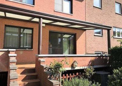 Protection solaire (pergola) installée par Rogister-Lacroix à Liège (Wandre)