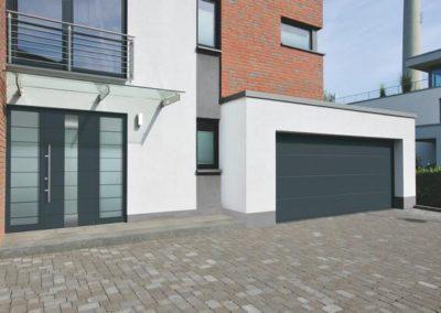 Porte d'entrée + porte de garage de marque Hörmann