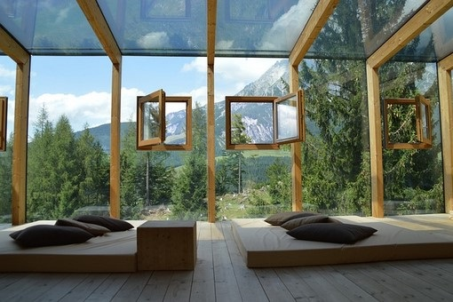 Fenêtre et châssis en bois